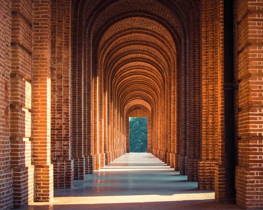 India building arches - IMF Bentham blog